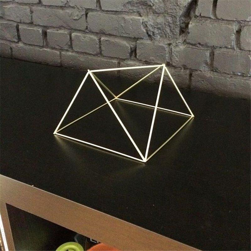 Объемный треугольник своими руками