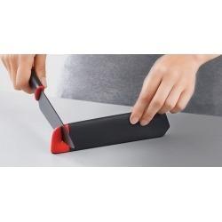 Нож в чехле со встроенной ножеточкой Slice&sharpen 3,5