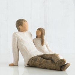 Статуэтка Willow Tree Папа и дочка (Father and Daughter)