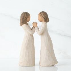 Статуэтка Willow Tree Сестры по сердцу (Sisters by Heart)