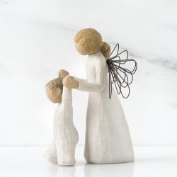 Статуэтка Willow Tree Ангел хранитель (Guardian Angel)