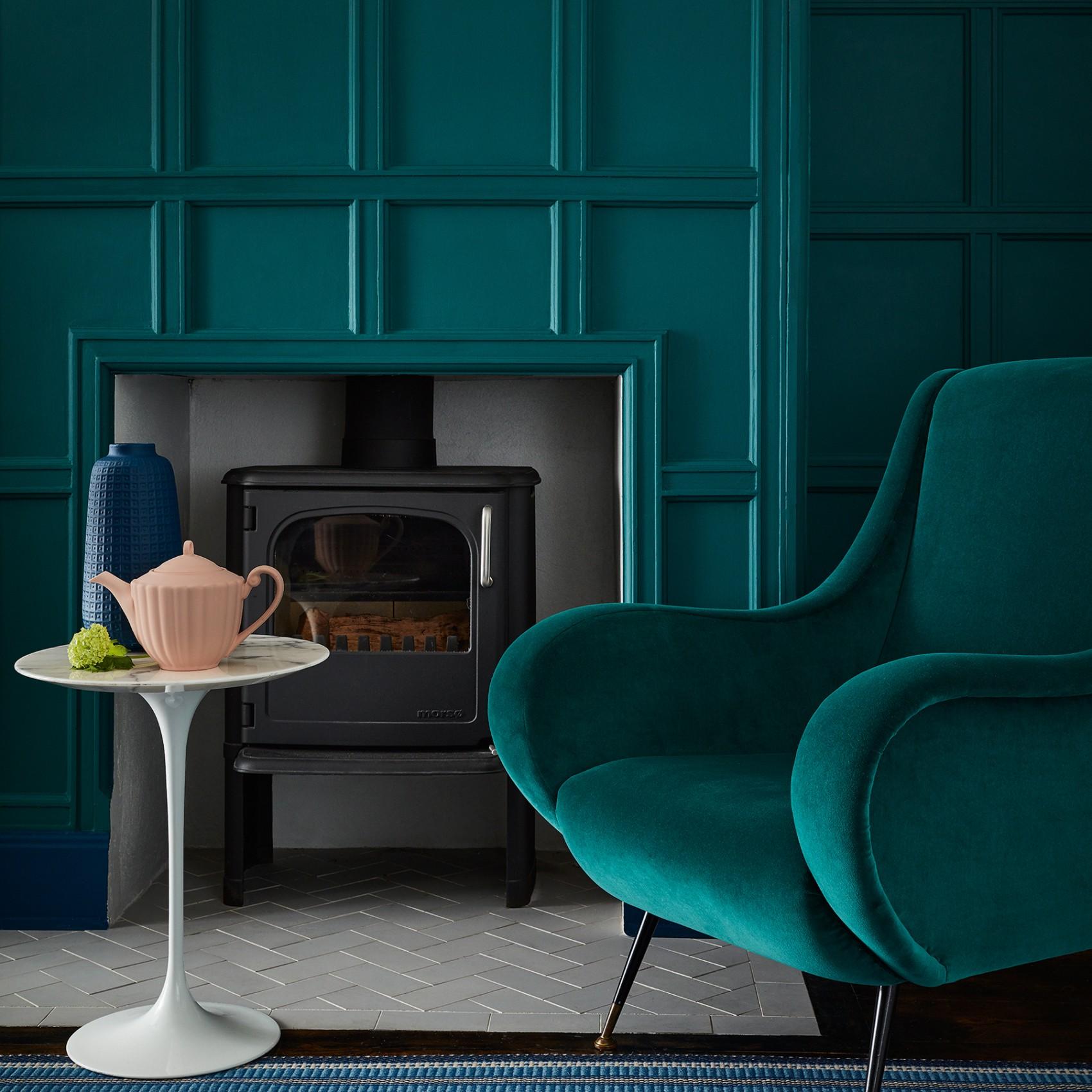 mid_azure_green_living_room